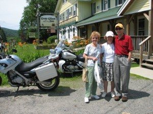 John and Pauline at the Gray Ghost Inn