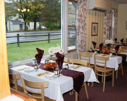 Gray Ghost Inn Restaurant Dining Room
