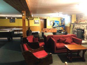 Gray Ghost Inn Game Room