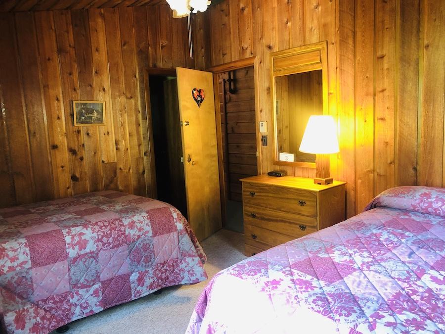 Gray Ghost Inn Room 306 - 2 Double